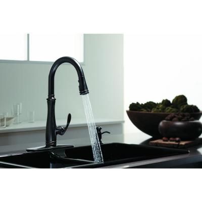 Bellera Single-Handle Pull-Down Sprayer Kitchen Faucet with DockNetik and Sweep Spray in Oil-Rubbed Bronze