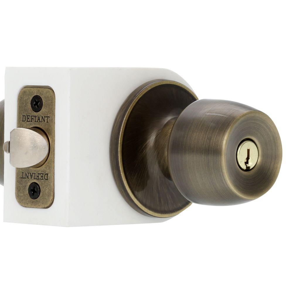 Gentil Defiant Brandywine Antique Brass Keyed Entry Door Knob Set
