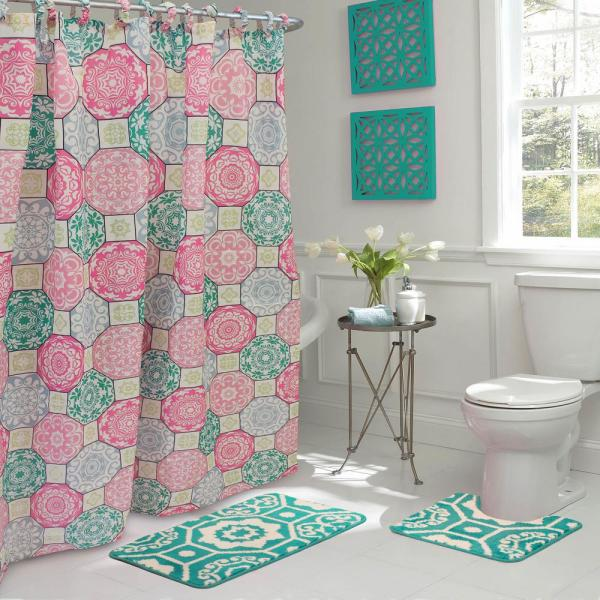 Bath Rug And Shower Curtain Set In Pink