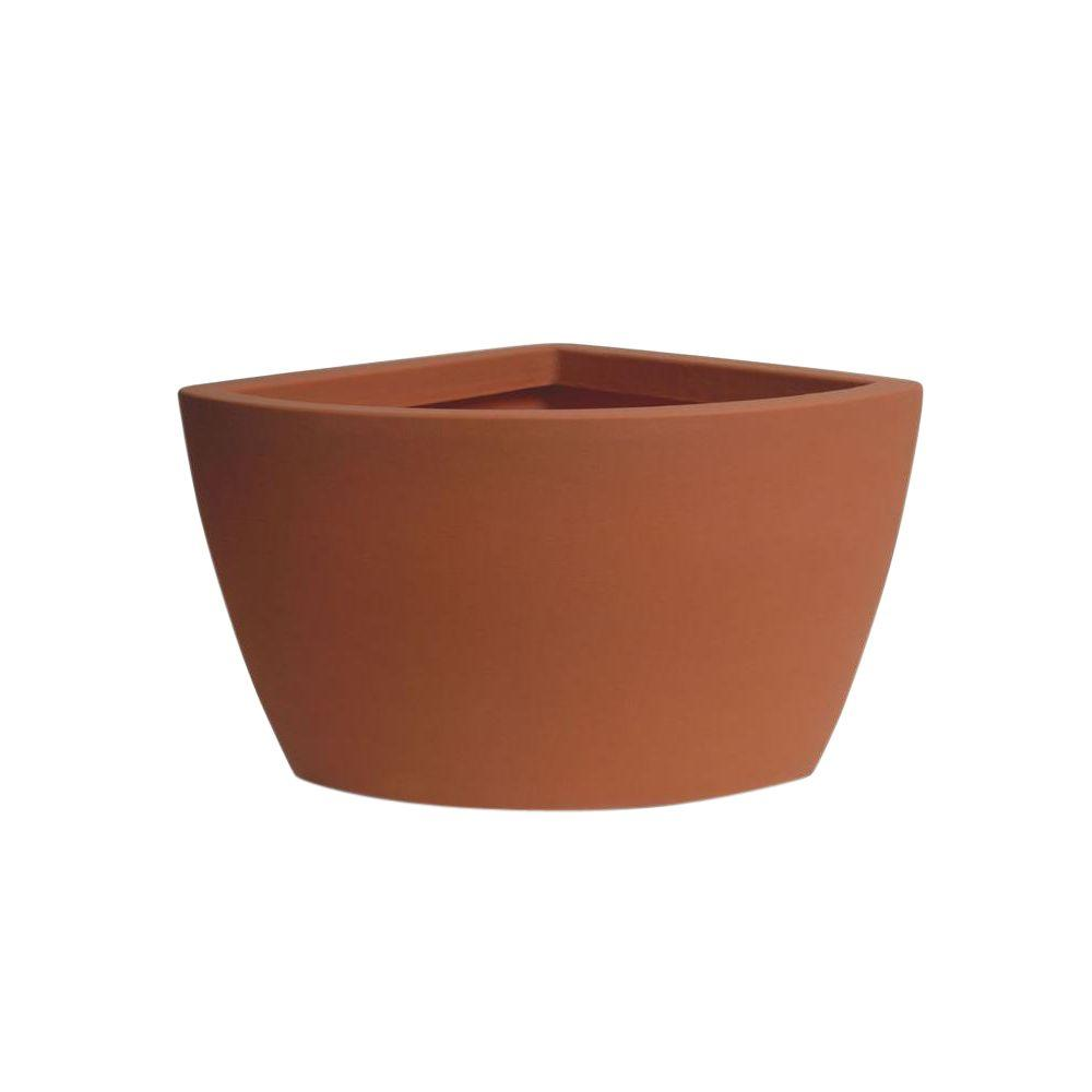 Hampton Corner 26 in. x 24 in. x 20 in. Terracotta