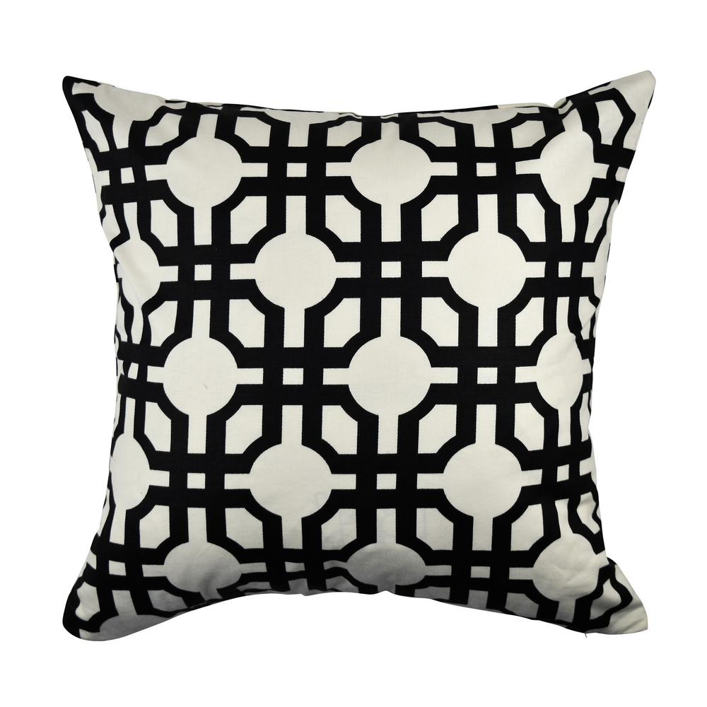 Black and White Quatrefoil Throw Pillow