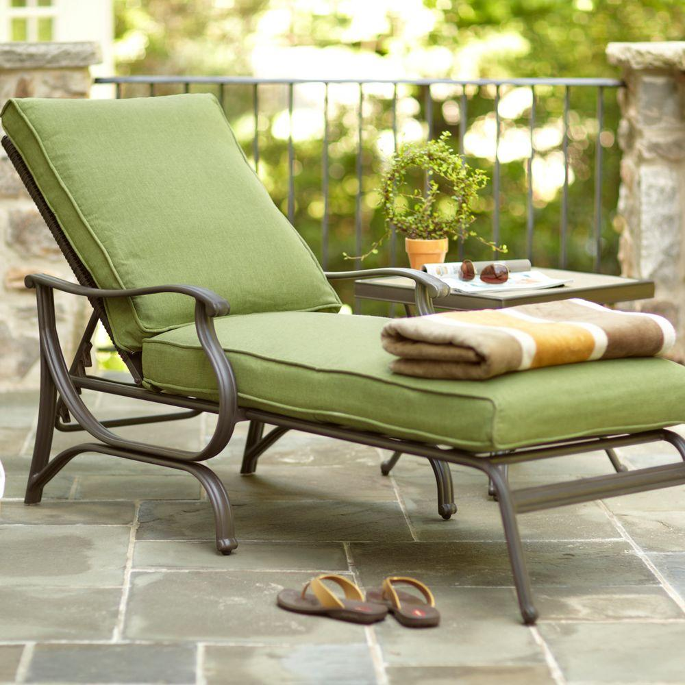 Hampton bay pembrey patio chaise lounge with moss cushion for Chaise de patio