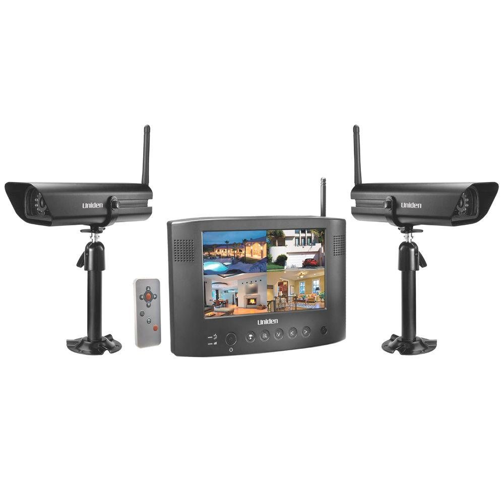 Uniden 4 CH Wireless Surveillance System with (2) 640 TVL Cameras and 7 in. Monitor