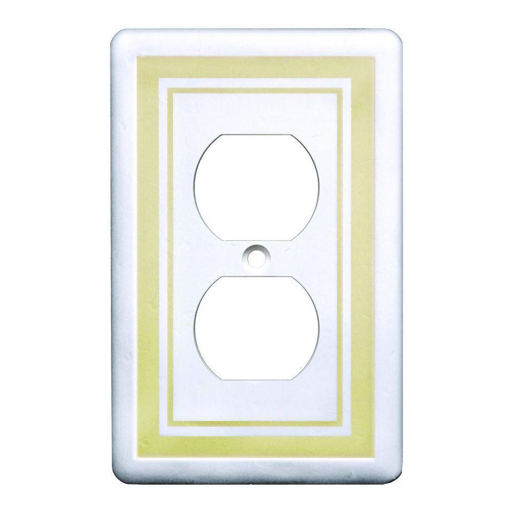 1 Duplex Outlet Plate, Beige