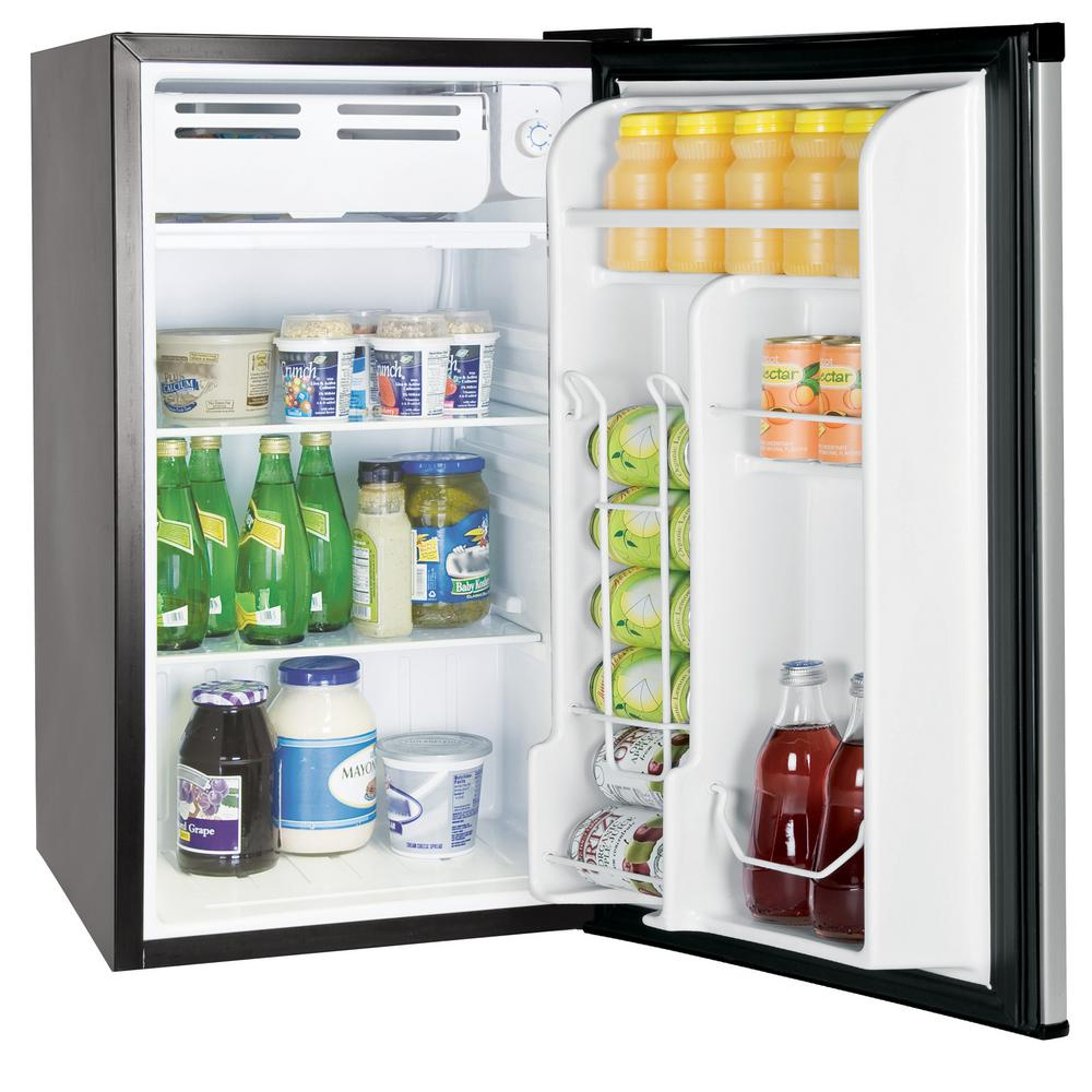 Rca 3 2 Cu Ft Mini Fridge In Stainless Steel Rfr322 The Home Depot