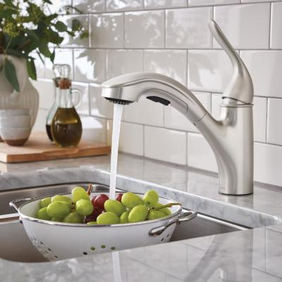 Brecklyn Single-Handle Pull-Out Sprayer Kitchen Faucet with Power Clean in Spot Resist Stainless