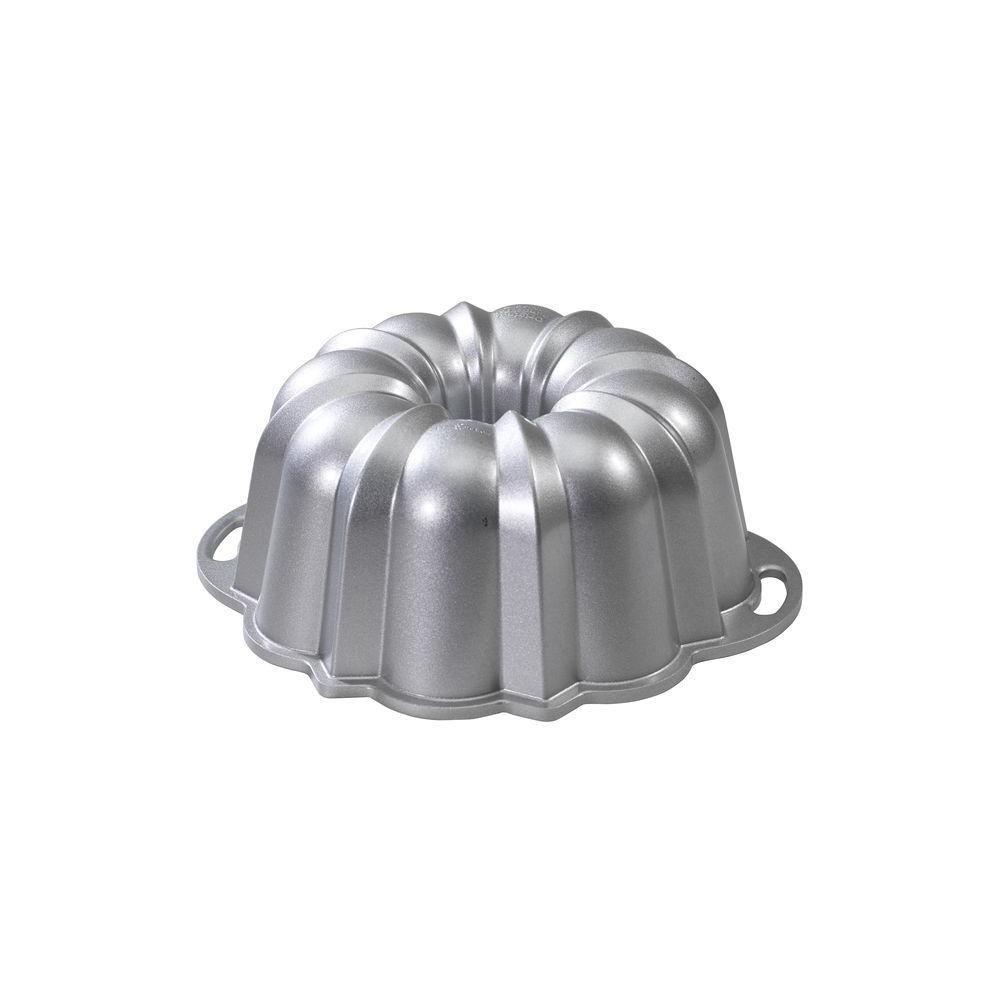 Nordic Ware Platinum Collection 10-1/2 in. Anniversary Bundt Pan