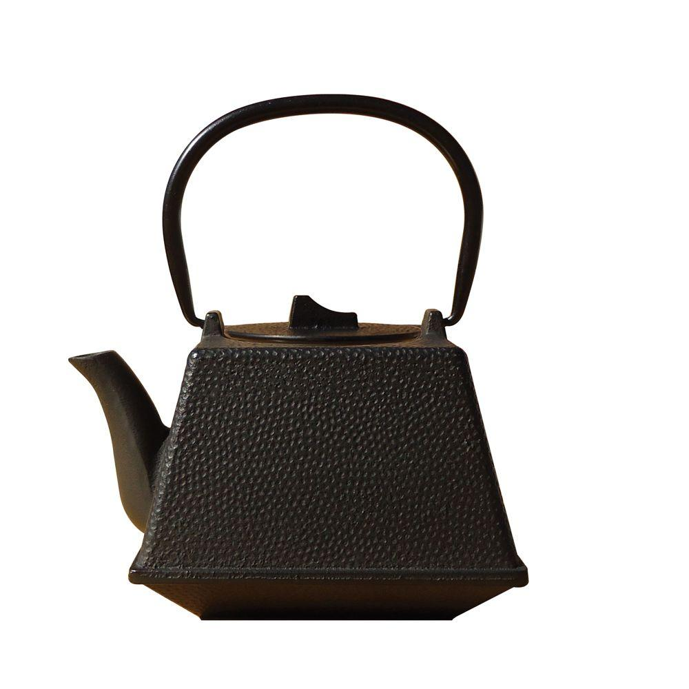 Old Dutch 29 oz. Matte Black Cast Iron Kobe Teapot