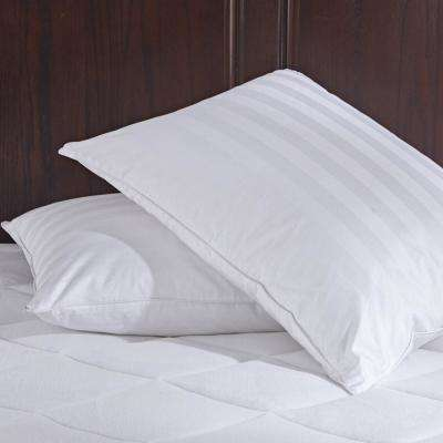 Puredown White Goose Down Jumbo Pillows with Pillow Protectors in Standard/Queen (Set of 2)