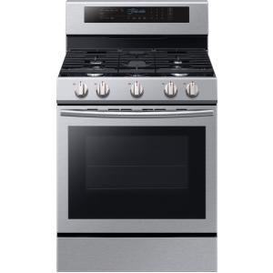 Click here to buy Samsung 30 inch 5.8 cu. ft. Single Oven Door Gas Range with Illuminated Knobs with True Convection Oven in Stainless Steel by Samsung.