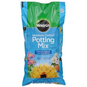 64 qt. Moisture Control Potting Mix