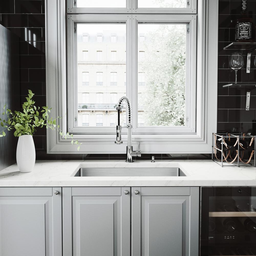 Kitchen Sink Set: Vigo All-in-One Undermount Stainless Steel 32 In. Double