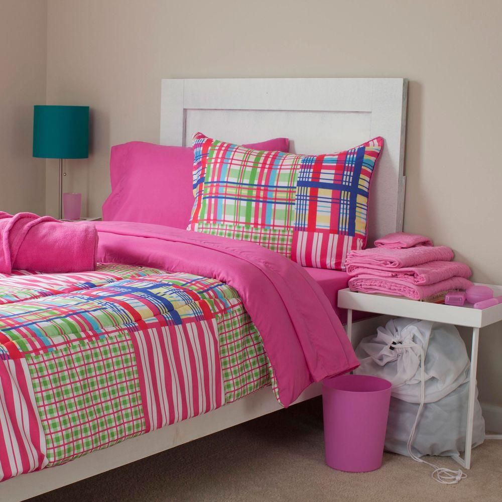 Nora Reversible 25-Piece Full Dorm Linen Set in Pink