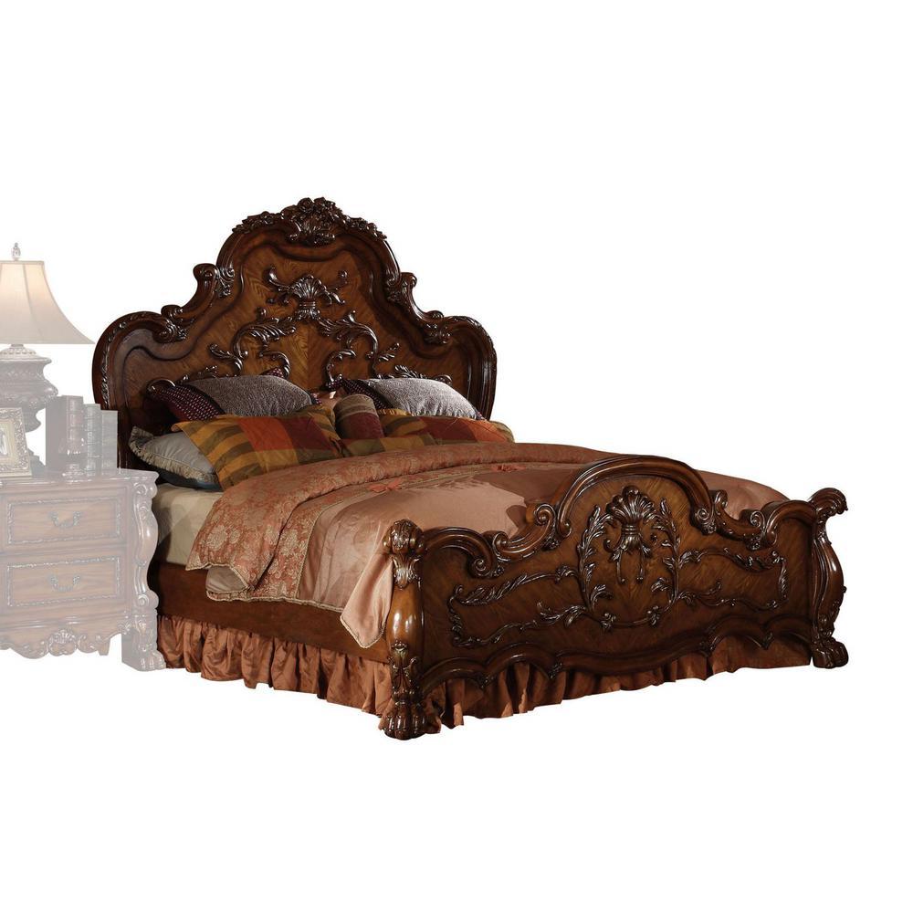 Amelia Cherry Oak with Nailhead Trim Wood King Bed