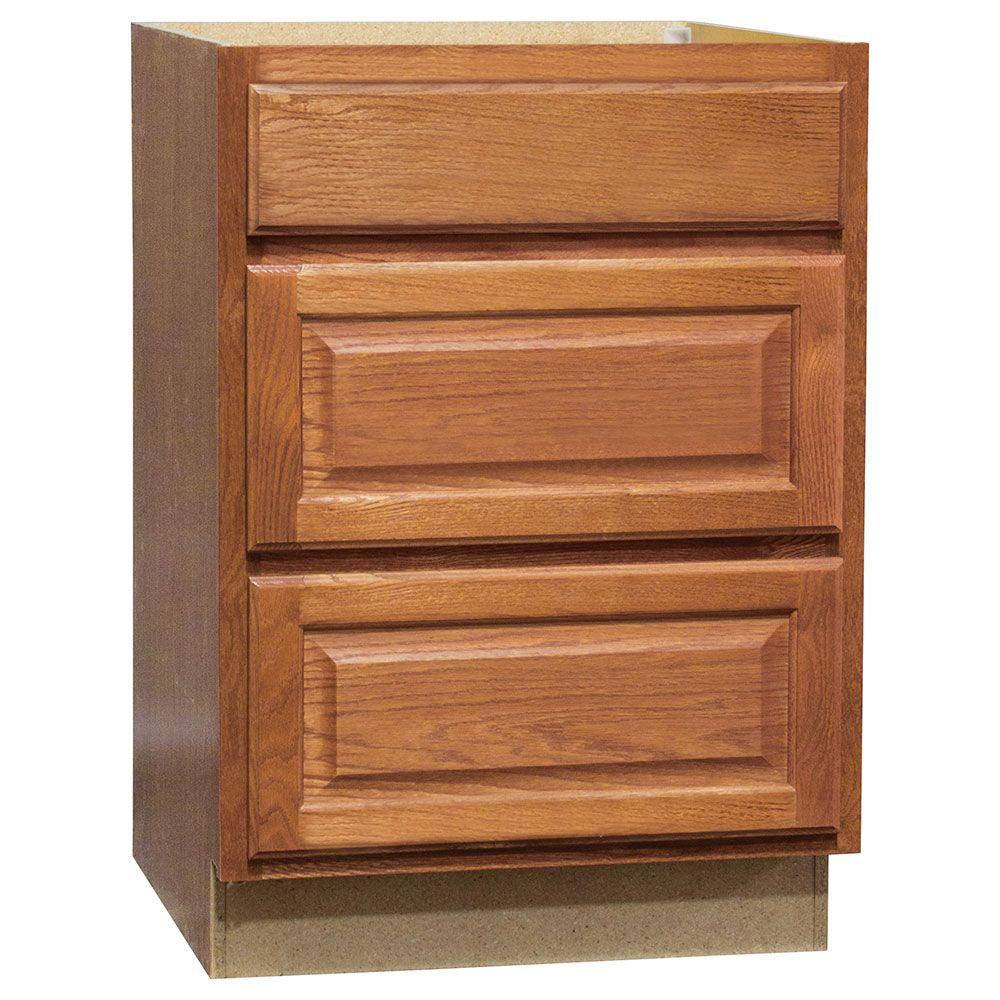 Hampton Bay Embled 18x34 5x24 In Drawer Base Kitchen Cabinet With Ball Bearing Glides Medium Oak Kdb18 Mo The Home Depot