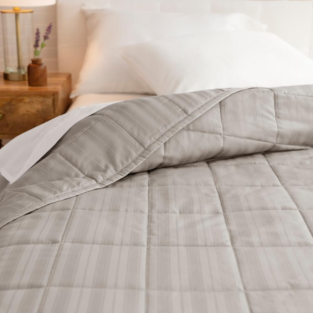 WELHOME The Alexander Cotton Castlerock King Quilt was $160.99 now $88.54 (45.0% off)