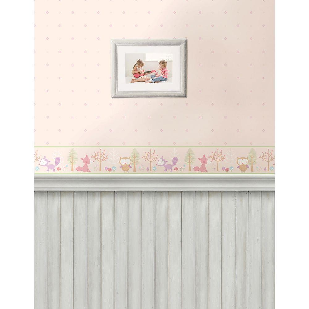 Happy Forest Friends Pink Wallpaper Border Sample