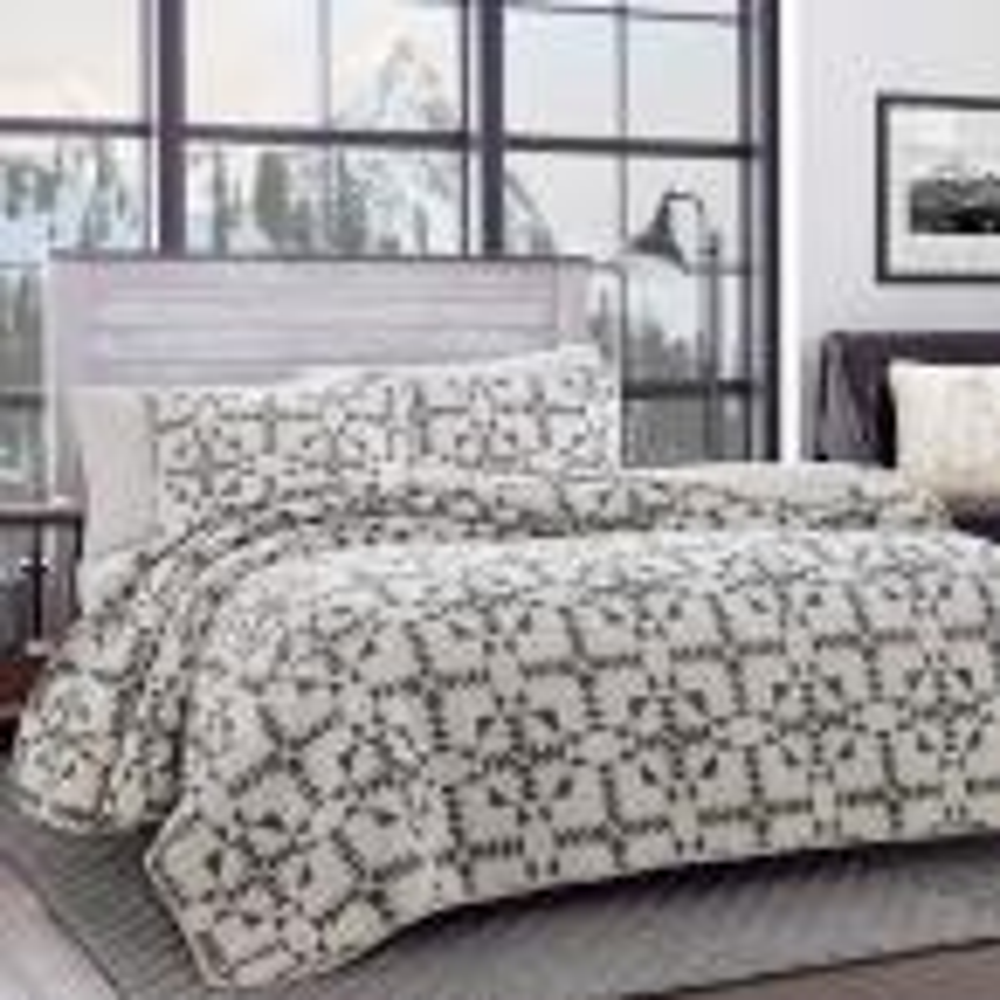 Arrowhead 3-Piece Charcoal Cotton Full/Queen Quilt Set