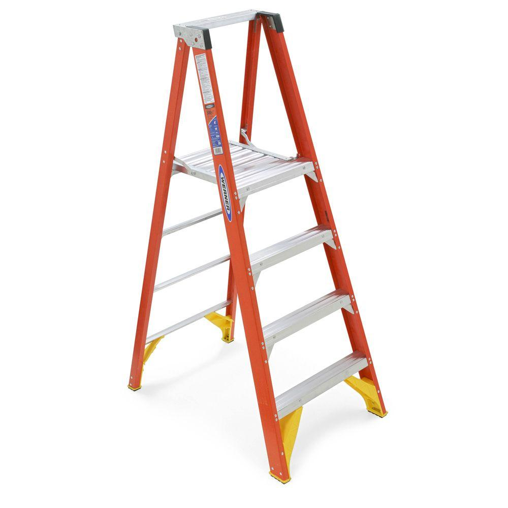 Werner 10 ft. Reach Fiberglass Platform Step Ladder with 300 lb. Load Capacity Type IA Duty Rating