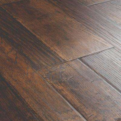 Outlast+ Waterproof Somerton Auburn Hickory 10 mm T x 7.48 in. W x 47.24 in. L Laminate Flooring (549.64 sq. ft./pallet)