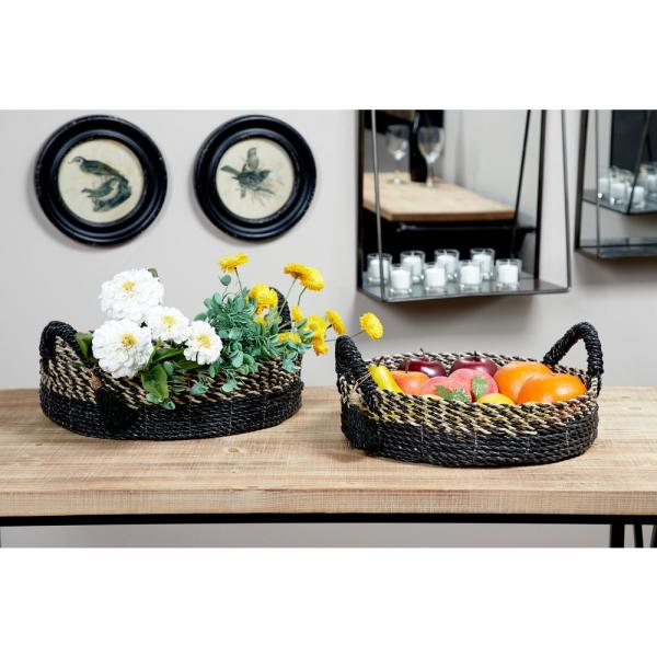 Litton Lane Large Natural and Gray Checkered Round Seagrass Basket Trays