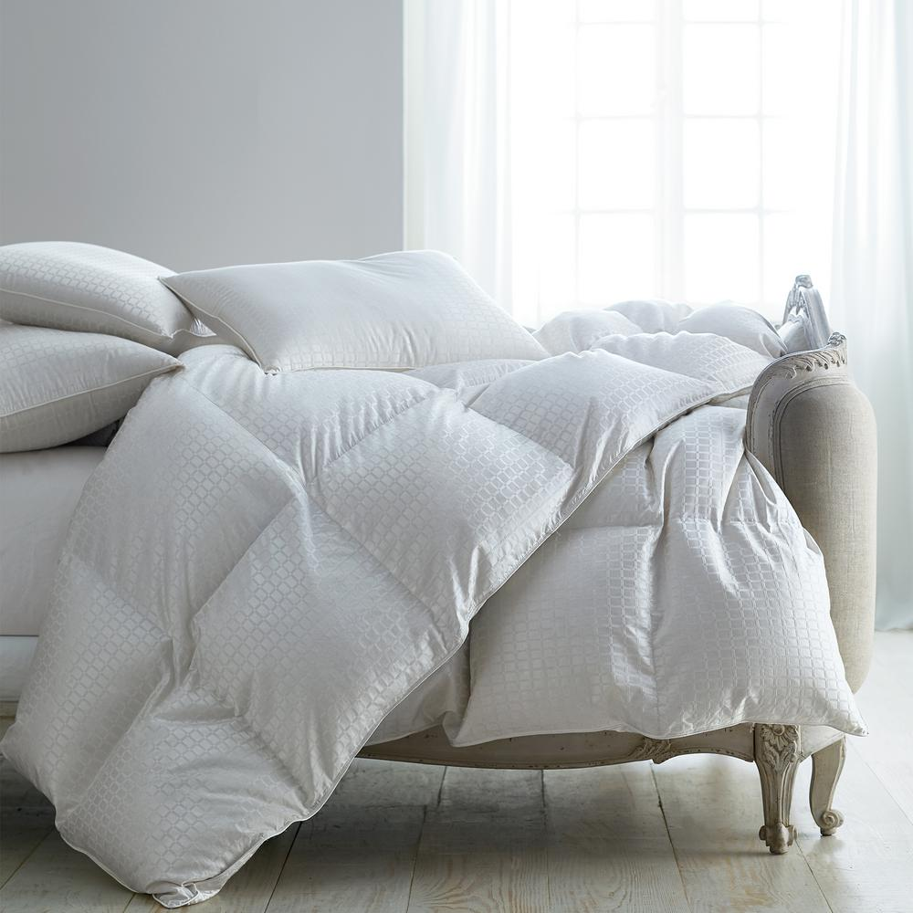 The Company Store Legends Luxury Royal Baffled Light Warmth White Oversized King Down Comforter