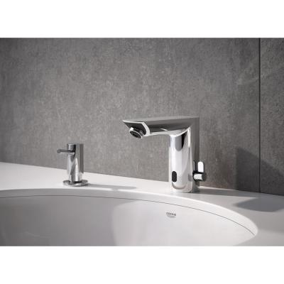 Bau Cosmopolitan Battery Powered Single Hole Touchless Bathroom Faucet with Temperature Control Lever StarLight Chrome