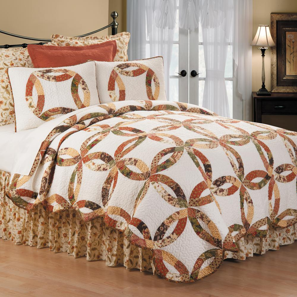 C & F Home White Aurelia Wedding Ring King Quilt Set-82304