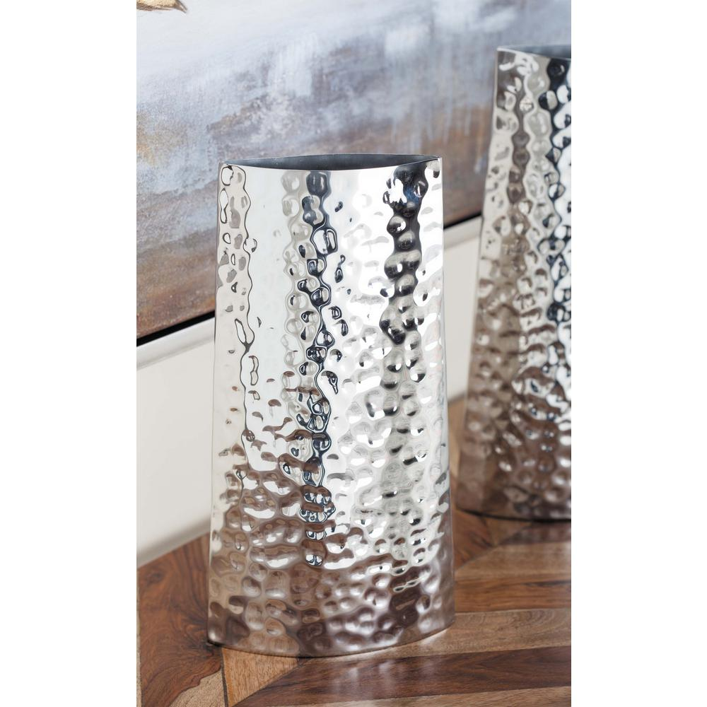 13 In Hammered Stainless Steel Decorative Vase In Silver