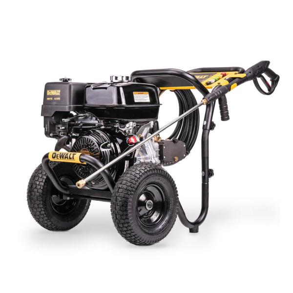 DEWALT 4400 PSI at 4.0 GPM Gas Pressure Washer Powered by Honda with AAA Triplex Pump California Compliant