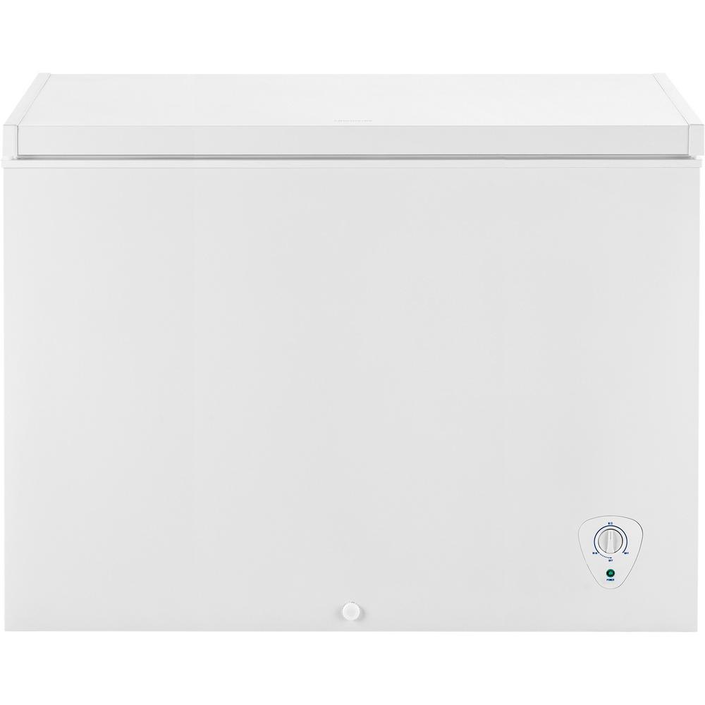 Frigidaire 8 7 Cu Ft Chest Freezer In White Fffc09m1rw