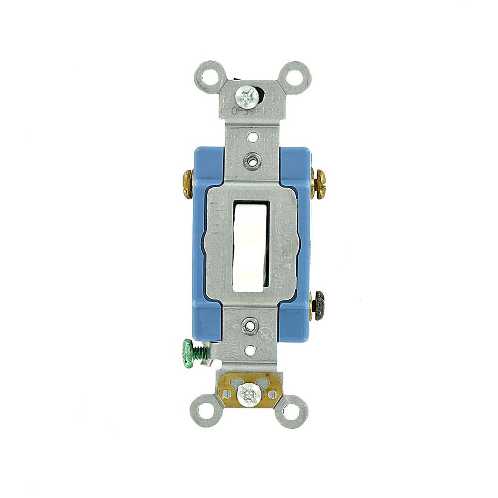 Leviton 15 Amp Industrial Grade Heavy Duty 3Way Lighted Handle
