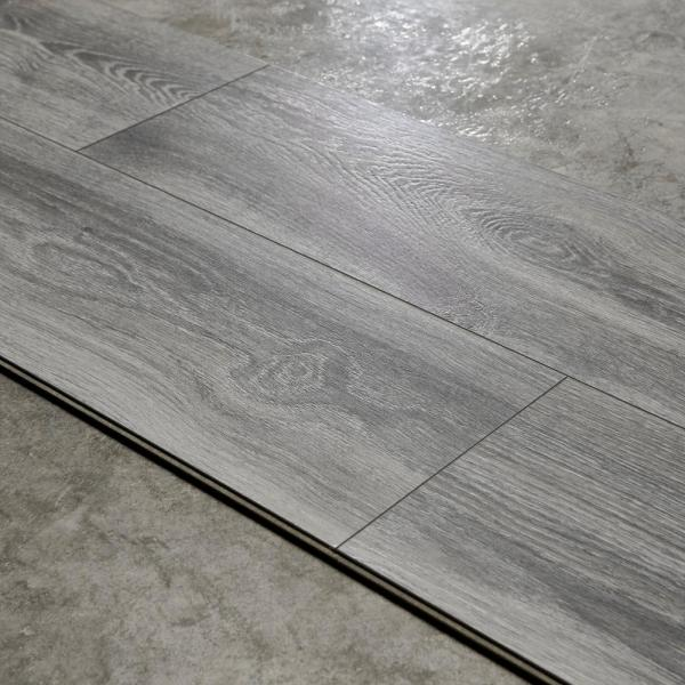 Water Resistant Eir Silverton Oak 8, Glue For Laminate Flooring Home Depot
