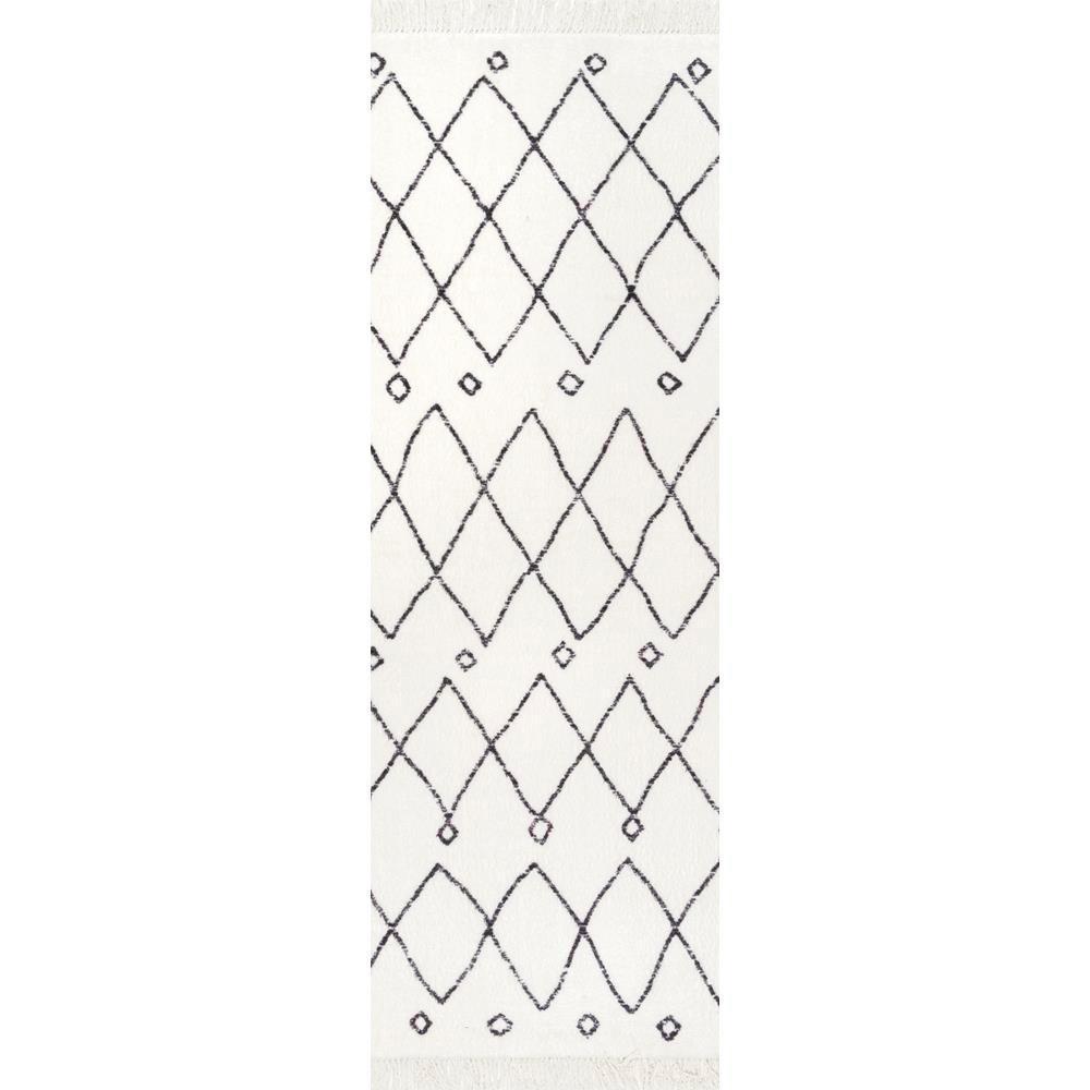Krystal Trellis Tassel Off White 2 ft. 3 in. x 8 ft. 5 in. Runner Rug