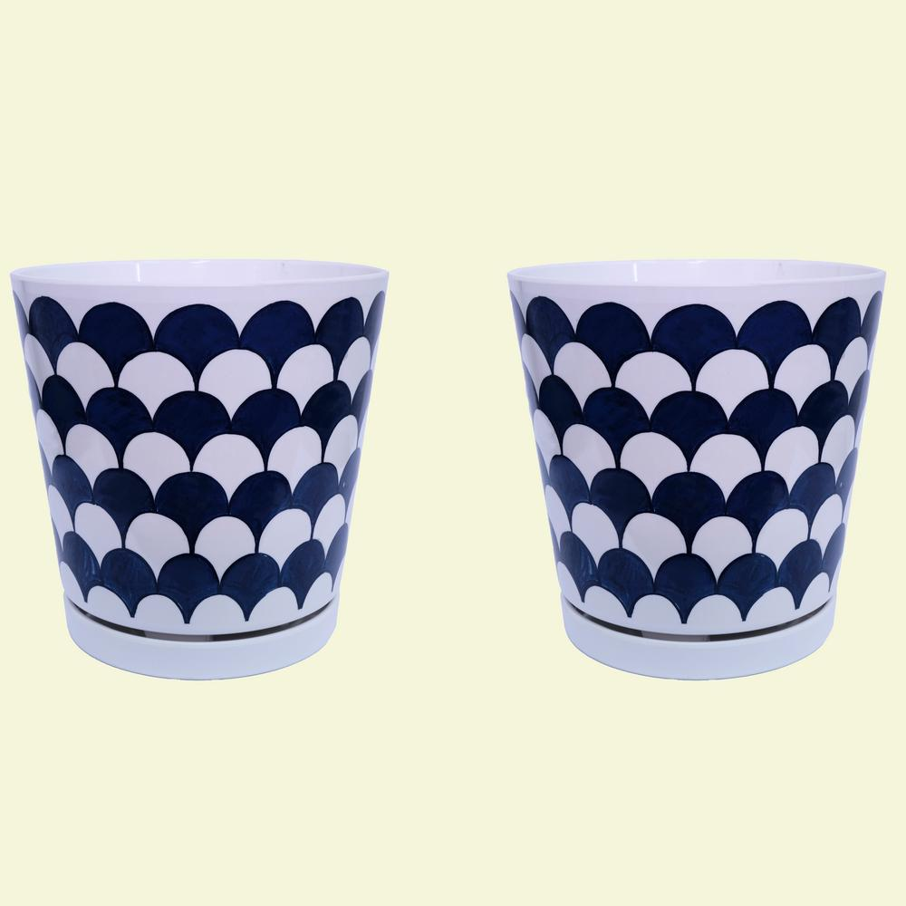 8.75 in dia Blue and White Fan Pot with Self Watering