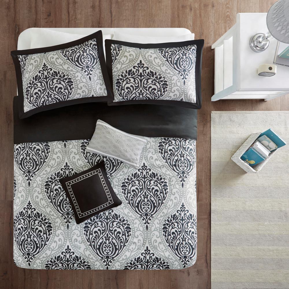 Intelligent Design Sabrina 4-Piece Black Twin/Twin XL Damask Duvet Cover Set