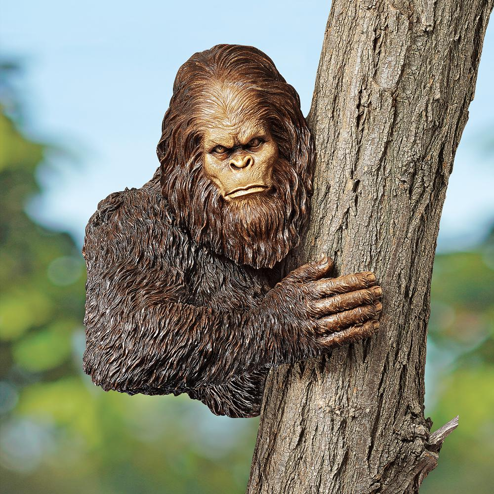 Design Toscano 15 In. H Bigfoot The Bashful Yeti Tree
