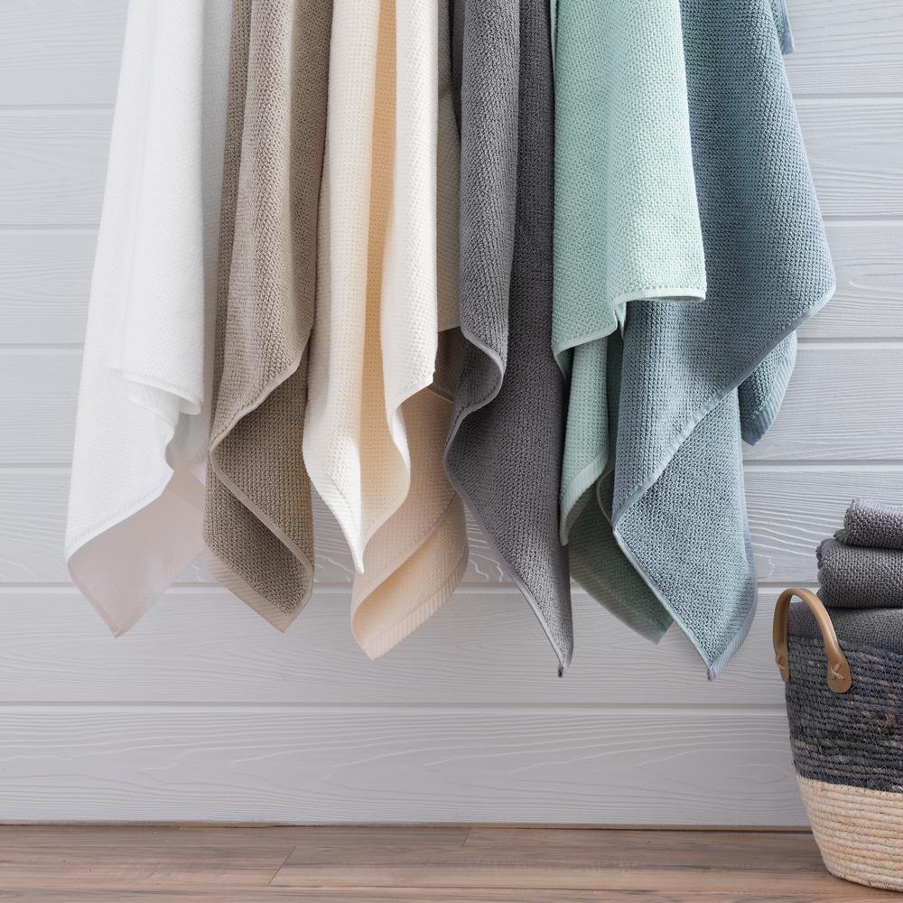 The Franklin 6 Piece White Bath Towel Set