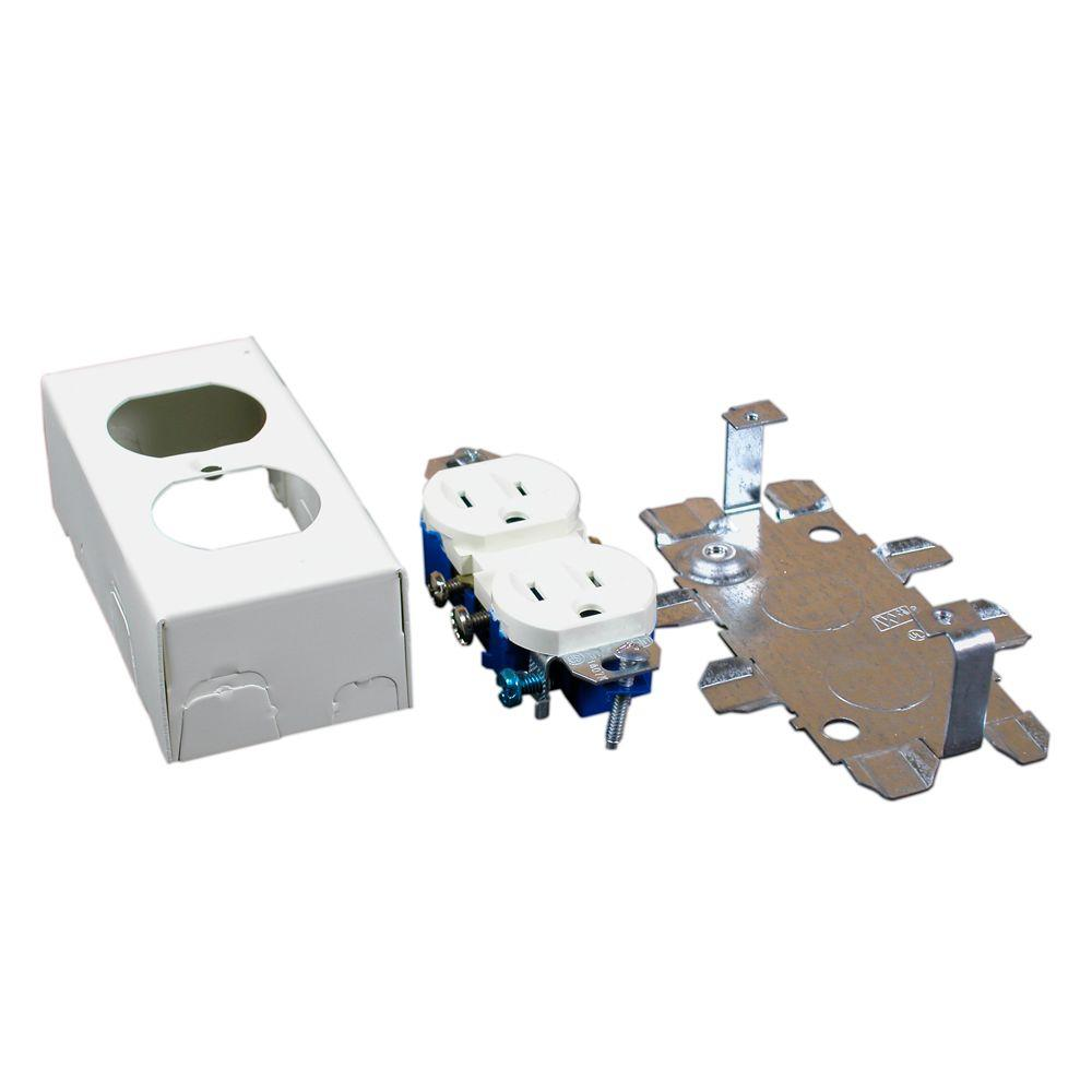 500 and 700 Series Metal Surface Raceway Duplex Grounding Receptacle Kit,