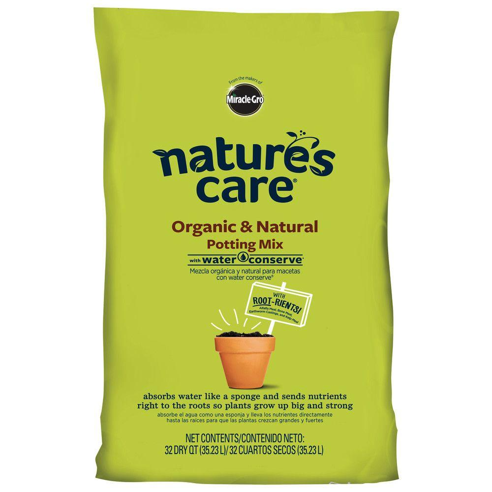 organic potting soil miracle gro nature s care 32 qt organic potting mix 29447