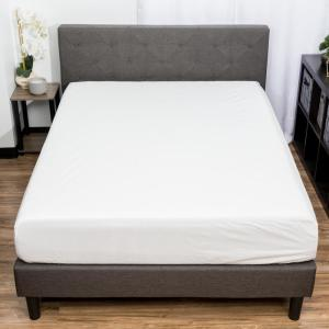 Giuseppe Waterproof Queen Mattress Protector in White