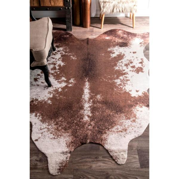 Nuloom Halina Faux Cowhide Brown 5 Ft X 7 Ft Shaped Rug Glca01a 5067 The Home Depot