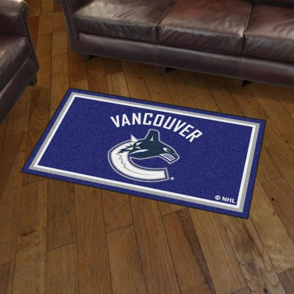 Fanmats Nhl Vancouver Canucks 3 Ft X