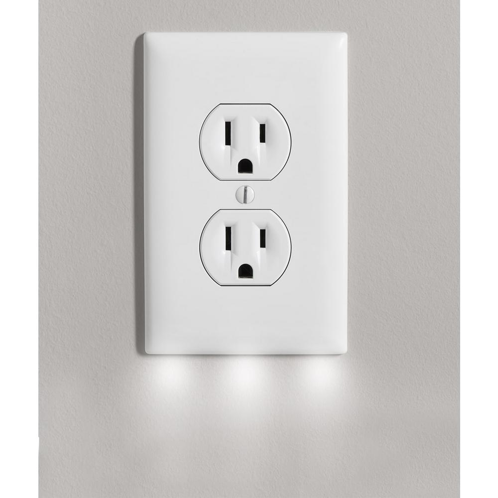 Lighting Outlets: Outlet Wall Plate Cover With 3 LED Night Lights