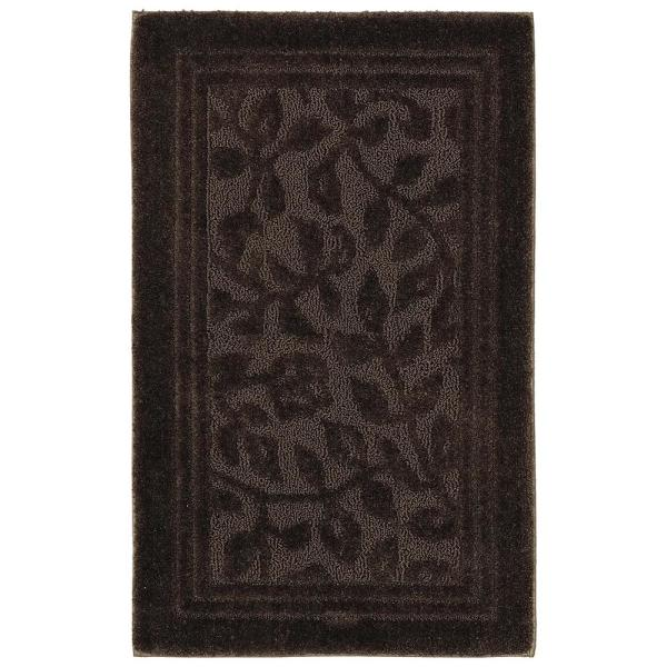 Nylon Bath Rug In Chocolate