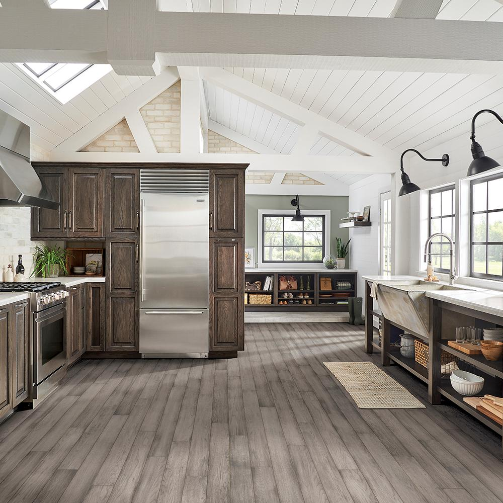 Bruce Hydropel Hickory Light Gray 7/16 in. T x 5 in. W x Varying Length  Waterproof Engineered Hardwood Flooring (22.6 sq. ft.)