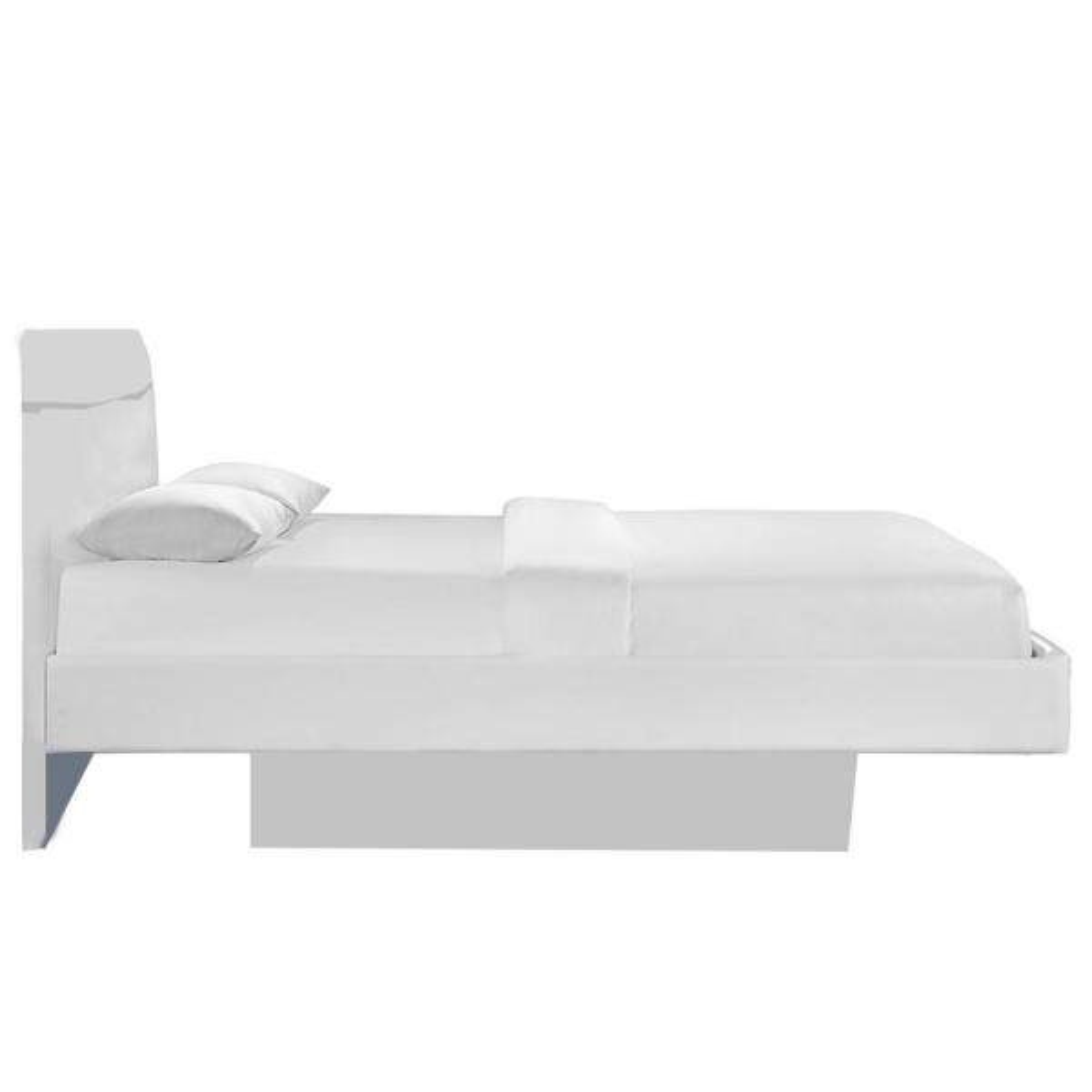 Charlie White Adult Platform Bed
