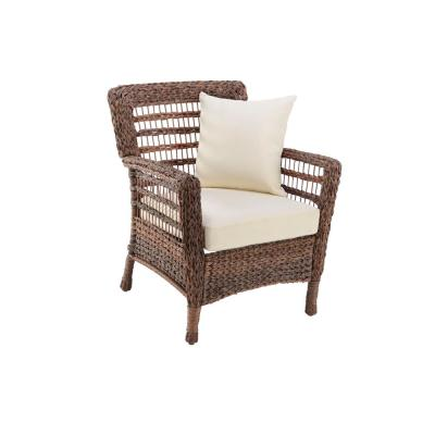 Modern Concept Faux Sea Grass Dual Brown Resin Rattan Patio Lounge Chair with Beige Cushions