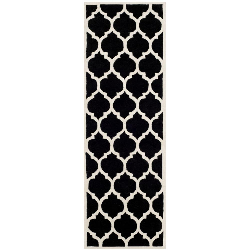 Safavieh Chatham Black/Ivory 2 ft. 3 in. x 7 ft. Runner