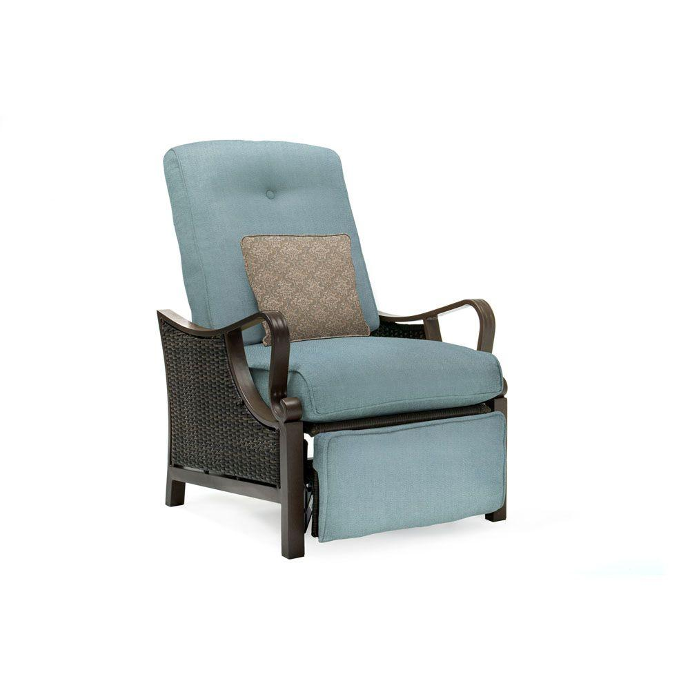 Hanover Ventura All Weather Wicker Reclining Patio Lounge Chair With Ocean Blue Cushion